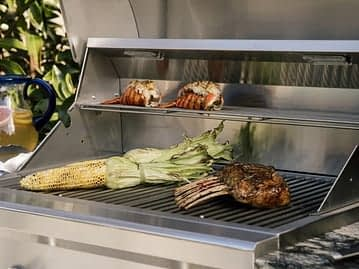coyote grill built in to order kitchen
