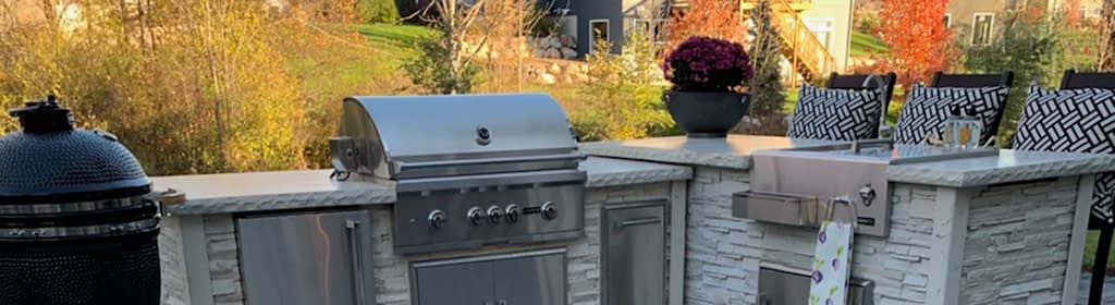 Outdoor Kitchen during fall