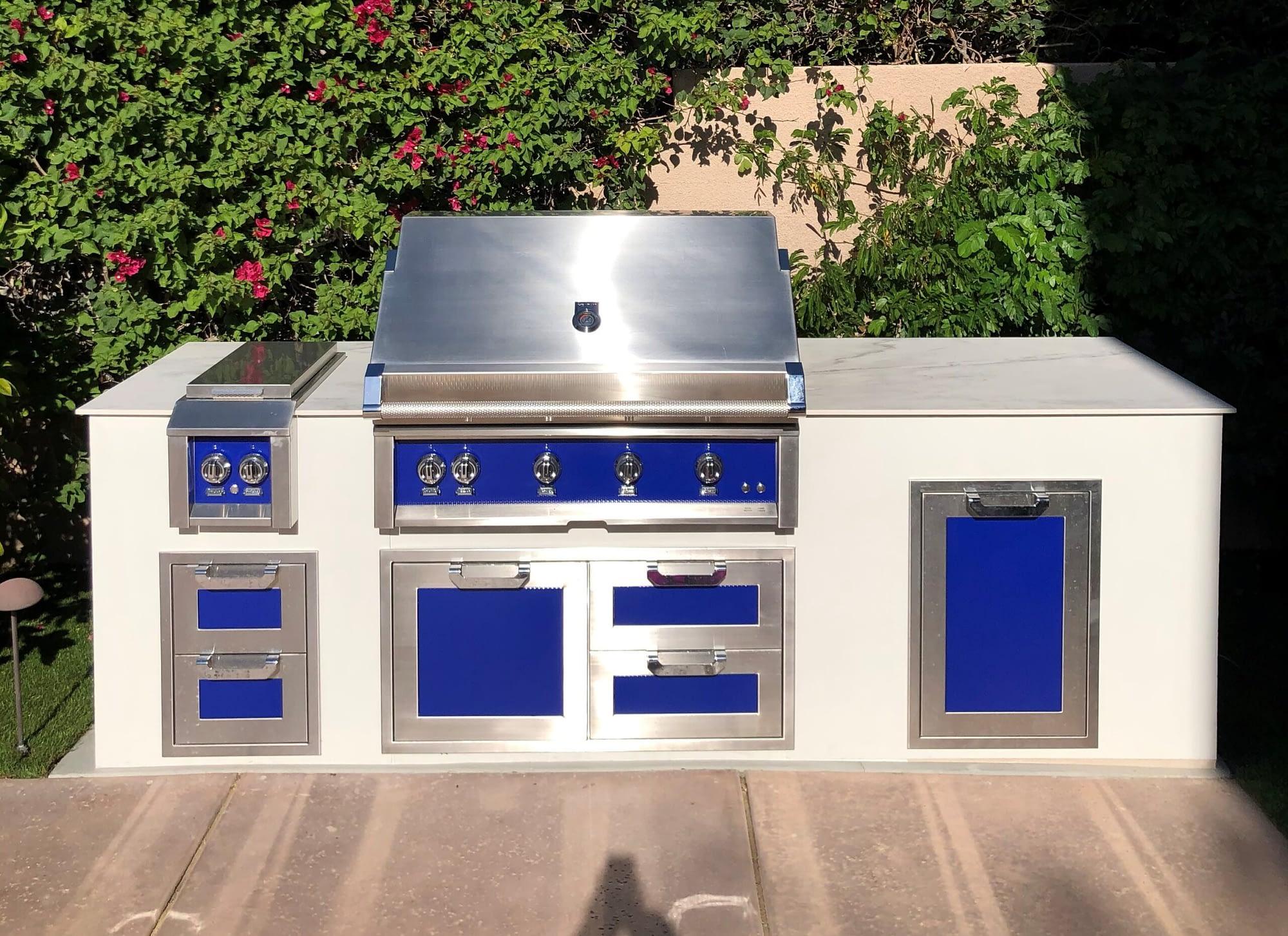 luxury built in grill in rta outdoor kitchen (2)