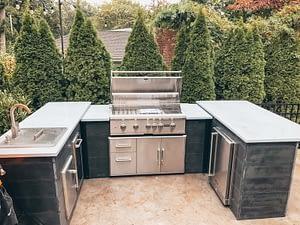 brian mazza's u shaped outdoor kitchen 2