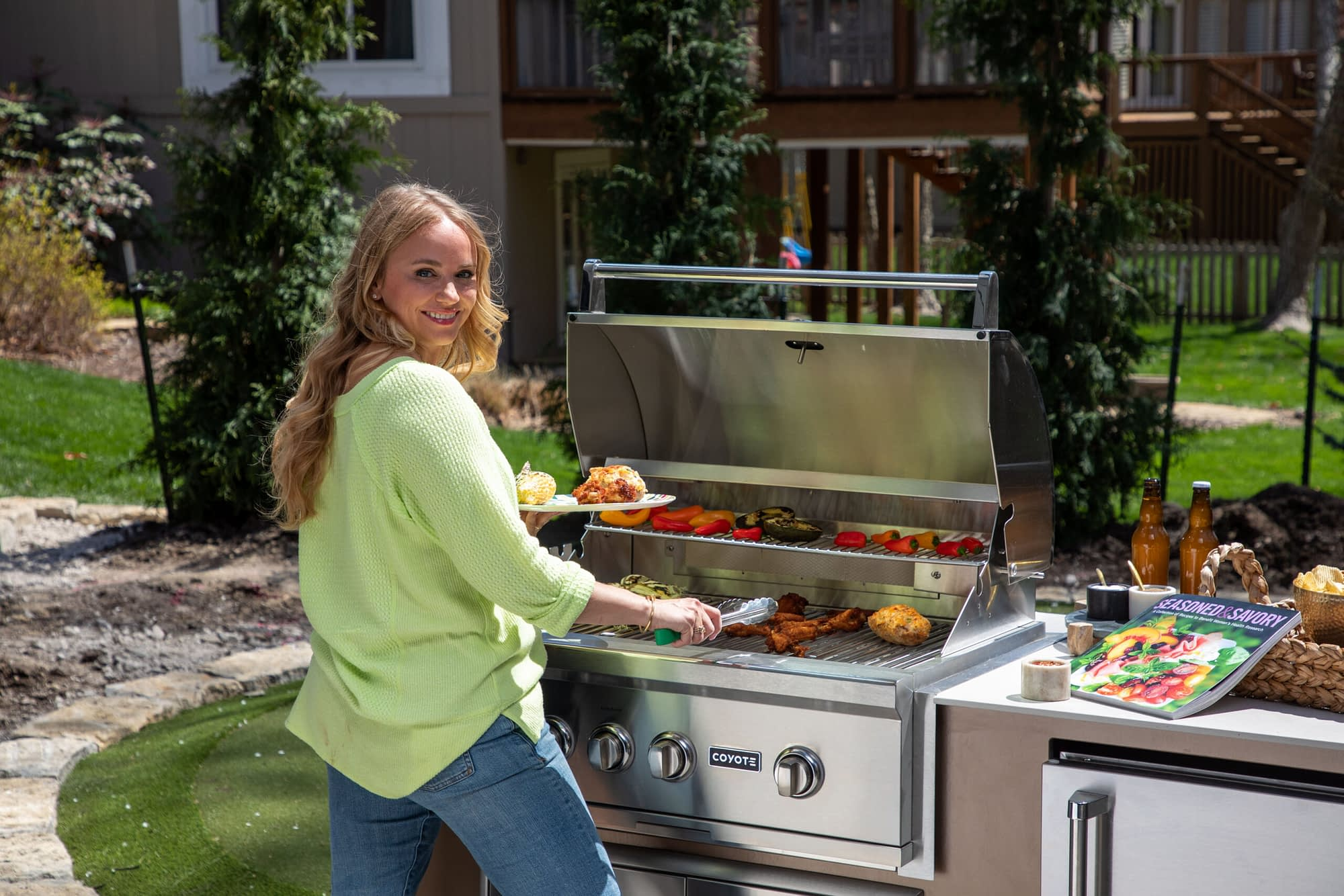 Built In Grill 5 Considerations to Choose the Right One for Your Outdoor Kitchen - Featured Image